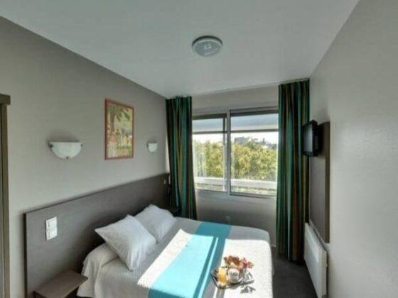 HOTEL VICTOR HUGO (FRANCIA)